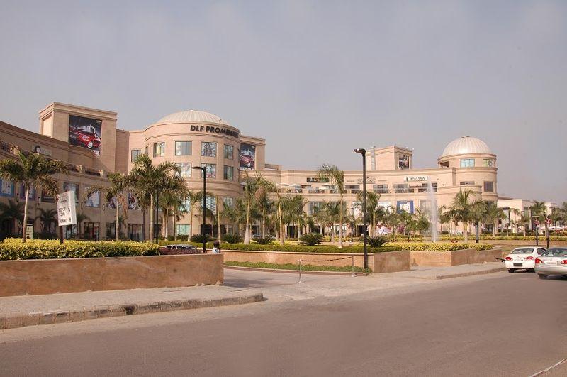 800px-DLF_Promenade_Mall_Delhi